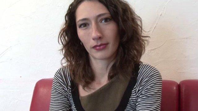 Casting de gabriella: dilatation et jouissance extrême!