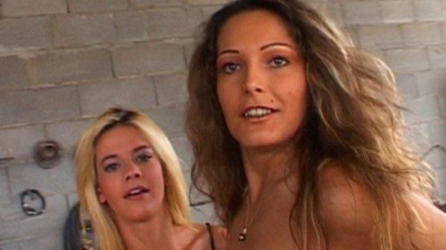 Porno francais étudiantes qui paient en nature