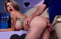 Dejame follar al encargado – Joslyn James – Milfs Like It Big – Brazzers