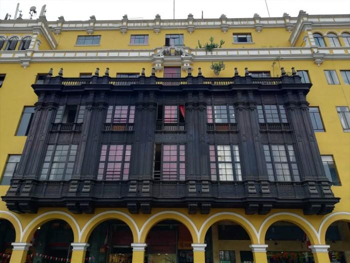 Balcones de madera del Centro Histórico de Lima.