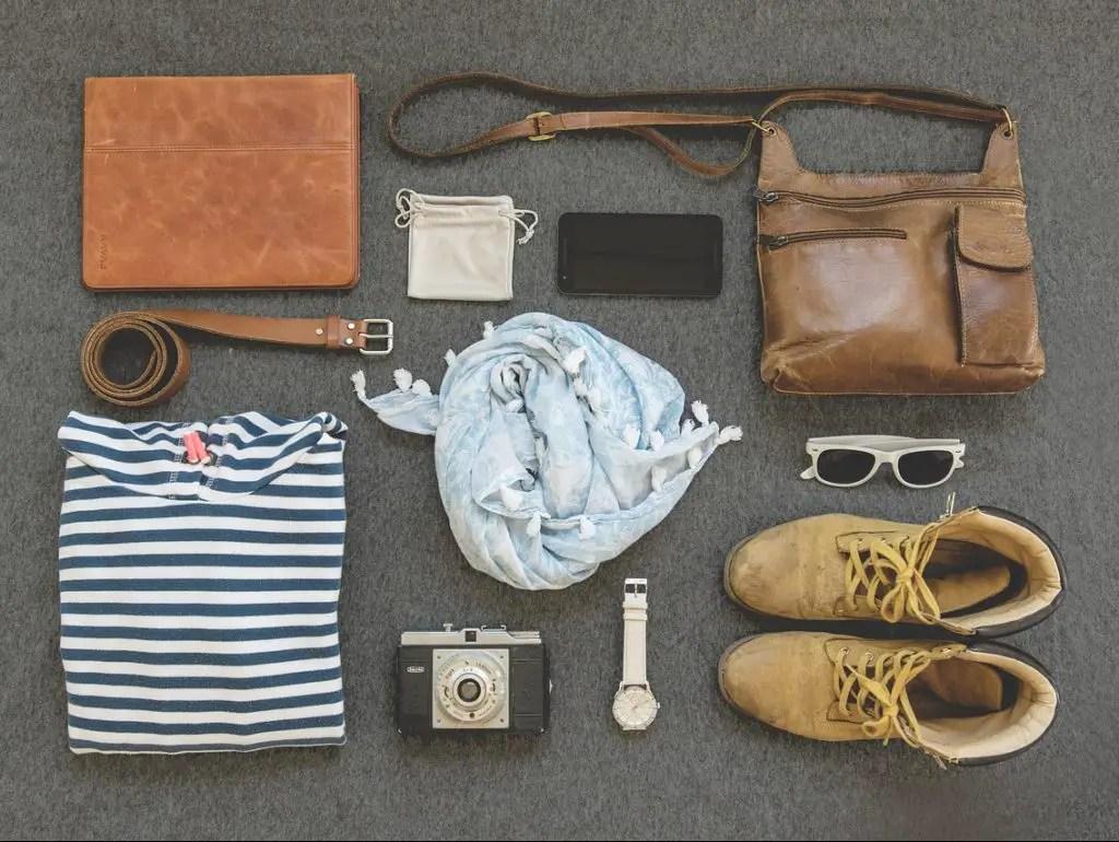 Artículos indispensables para viajar.