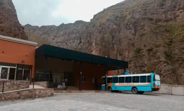 Terminal de buses de Iruya.