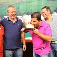 El restaurante Porrue de Bilbao paga 7.300 euros por el mejor Idiazabal
