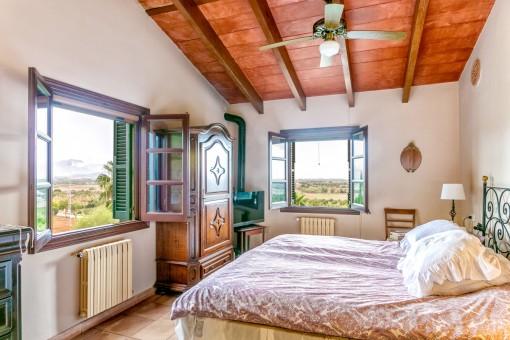 Komfortables Haus mit Panoramablick Pool Grillbereich