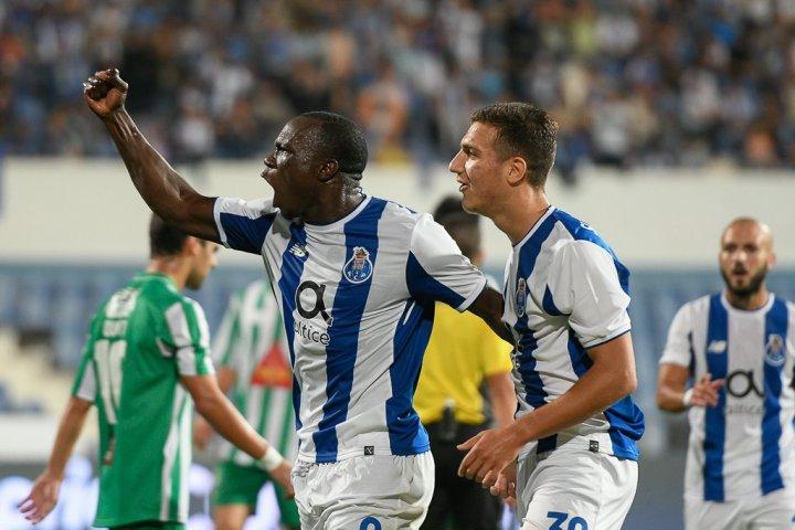 Baías e Baronis – Lusitano Évora 0 vs 6 FC Porto  7cb321a8ecbe3