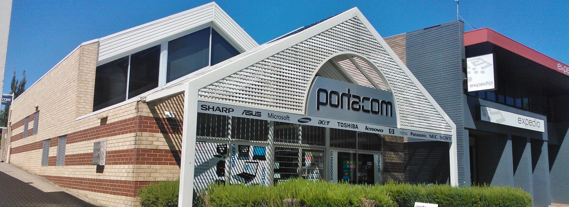 Portacom