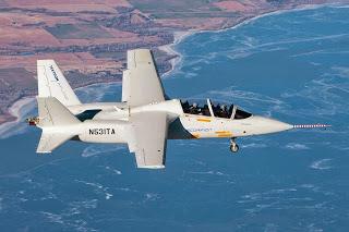 Premier vol du Scorpion, avion de combat léger, de Textron.