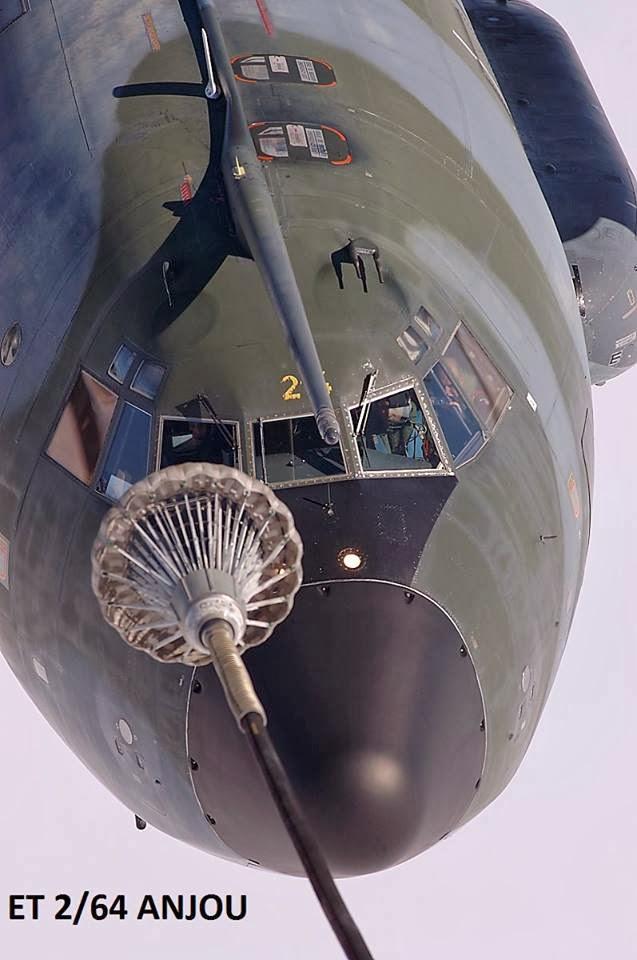 Vidéo: Ravitaillement entre deux C-160 Transall. De la difficulté de l'exercice !