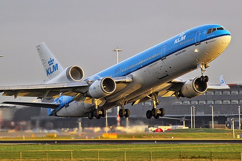 La fin d'un mythe, dernier vol du MD-11