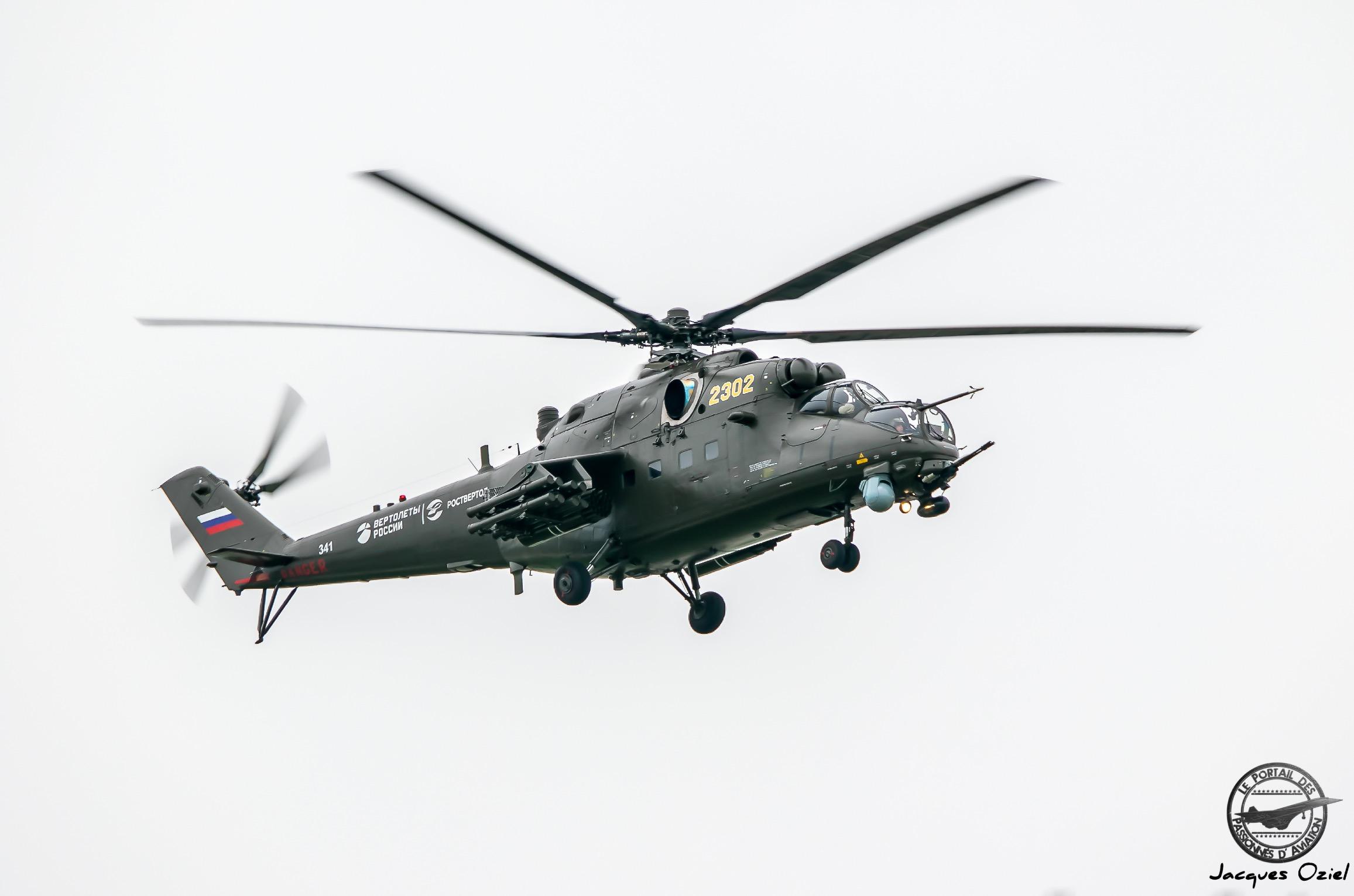 Mil Mi-24VM-3 Hind E, 2302 Jaune