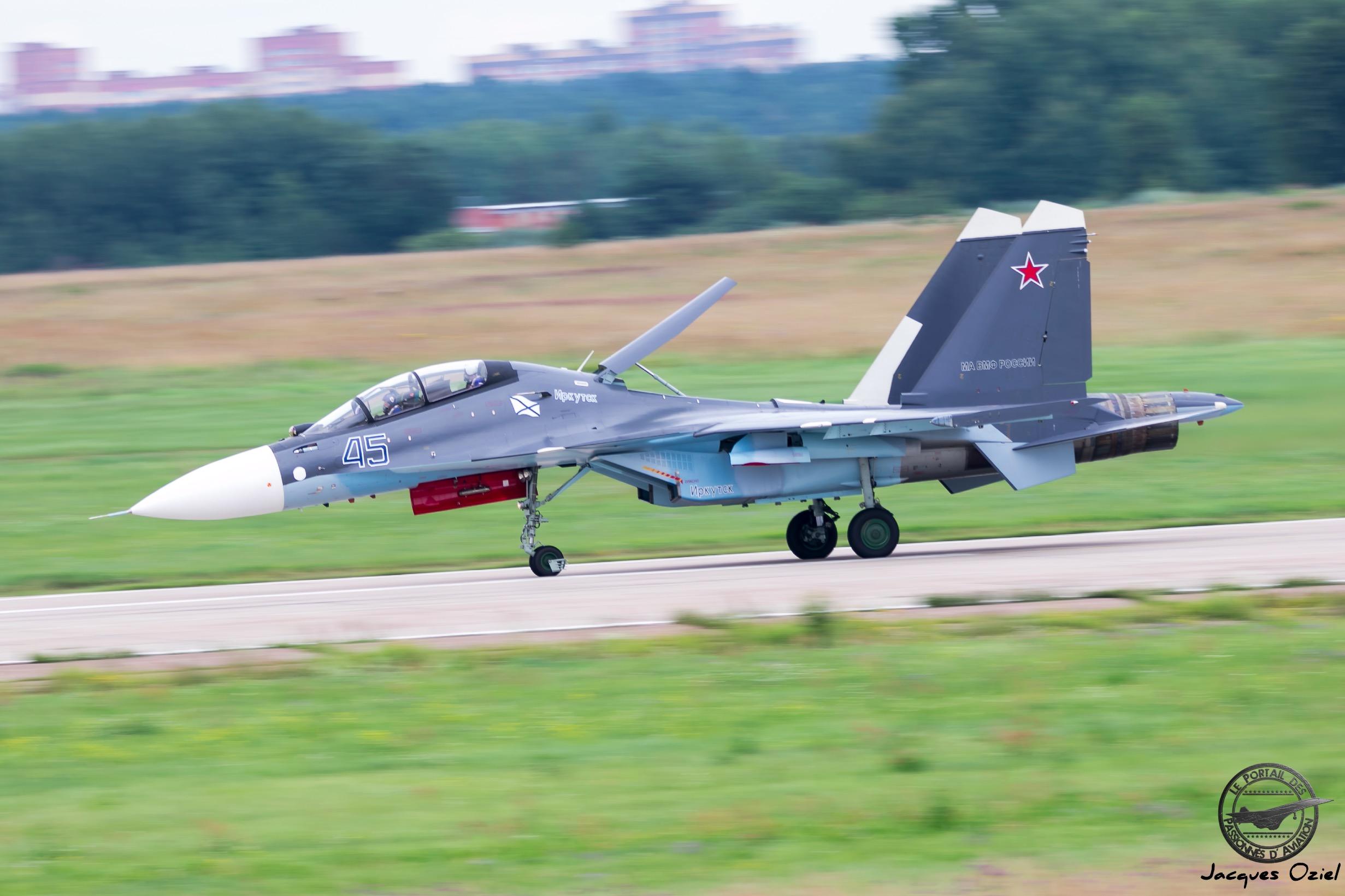 Sukhoi Su-30SM 45 bleu de l'Aviation Navale