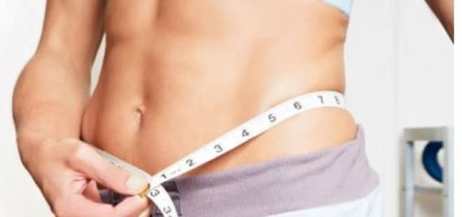 """Se o seu organismo não estiver trabalhando a 100 por cento, você vai se sentir inchada e a barriguinha estará mais saliente. Nesses dias, apostes num cardápio para """"regular"""" o intestino e suas funções."""