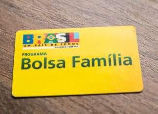 Famílias beneficiárias do Bolsa Família devem retirar o Cartão Pesagem