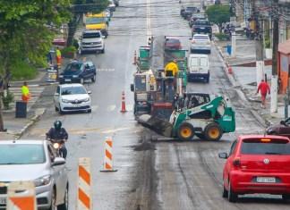 Prefeitura inicia recapeamento da Avenida Sarah Veloso
