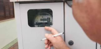 Enel interrompe leitura presencial de medidores de energia