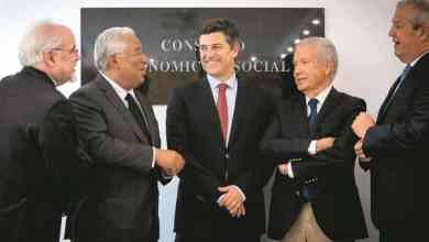"""Photo of Concertação. Acordo """"sensato e oportuno"""" mas que """"acentua a precariedade"""""""