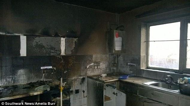 A cozinha ficou destruída. (Foto: Reprodução / Daily Mail UK)