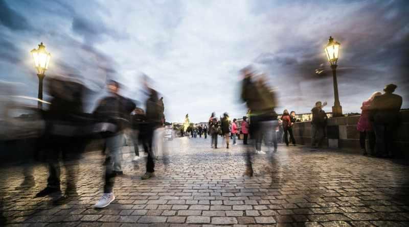 Envelhecimento Populacional: Moradias e Interfaces