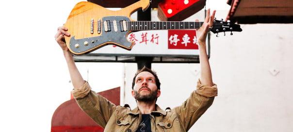 Paul Gilbert: guitarrista fará workshops no Brasil em abril