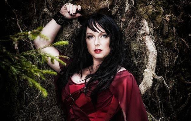 Dark Sarah: confira a capa do álbum de estreia