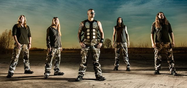 "Sabaton: lyric video para a música ""To Hell and Back"" disponível"