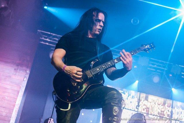 Cradle of Filth: guitarrista Paul Allender não faz mais parte da banda