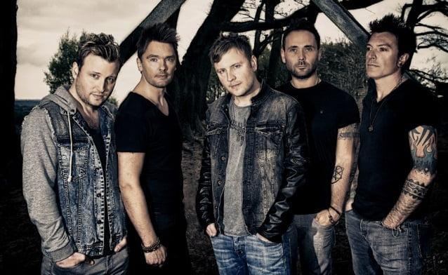 Vega: novo álbum terá participação de vocalista do Def Leppard