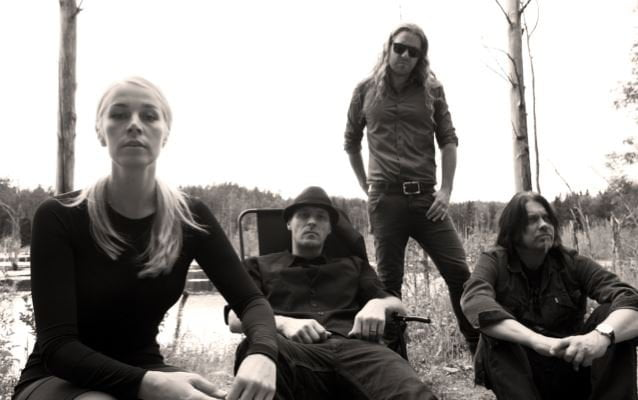 "Avatarium: lyric video para ""All I Want"", faixa-título do novo EP"
