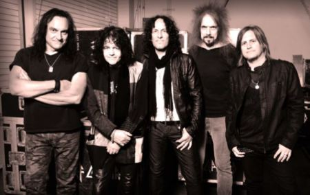 Last in Line: banda de ex-integrantes do Dio assina com a Frontiers Records