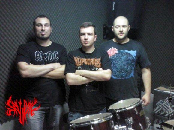 """Sagrav: """"Estamos finalizando a composição de um novo álbum"""""""