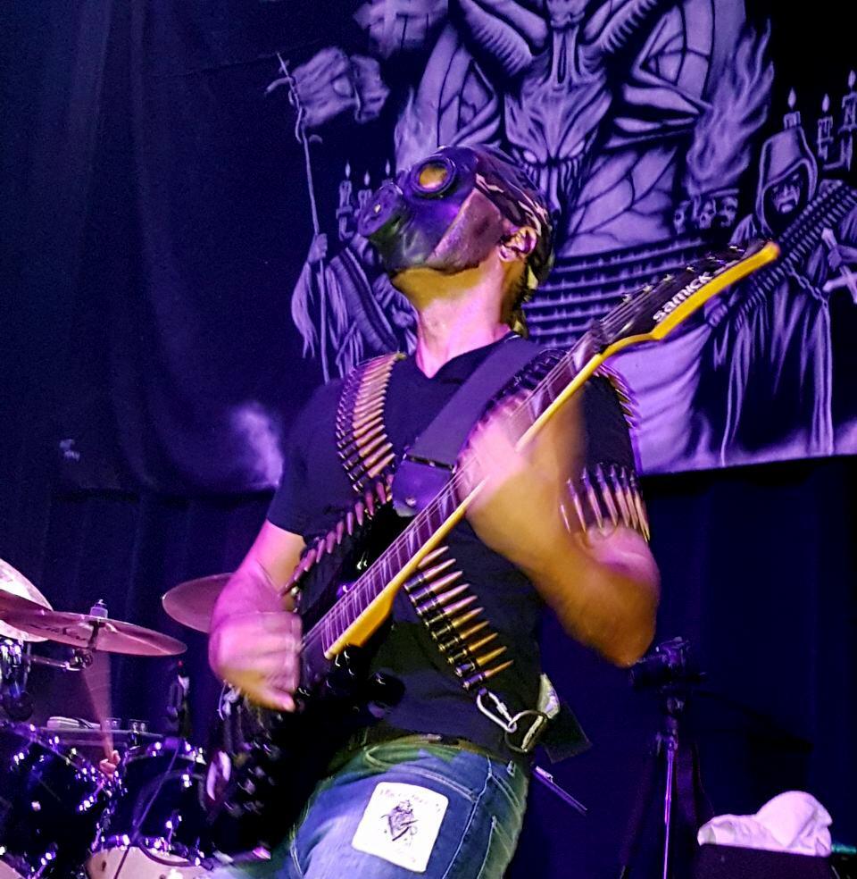 Holocausto: O fim da banda, segundo o guitarrista Valério Exterminator.