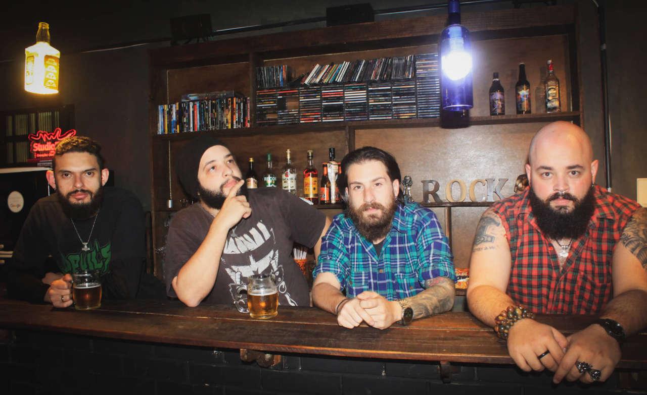 Devil´s Blues Booze: Nossa intenção é trazer o público para dentro da sala de ensaio