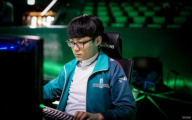 Heo Showmaker Su League of Legends