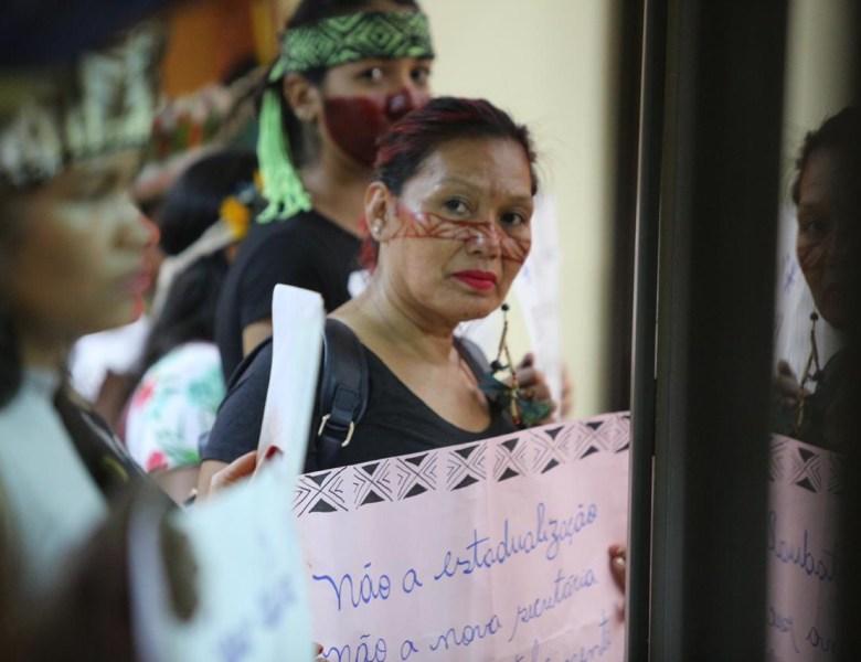 Indios querem ser atendidos pelo governador; o rapaz acabou com a Assessoria Indígena