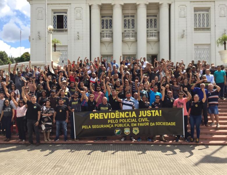 Policiais civis organizam manifestação em defesa da aposentadoria