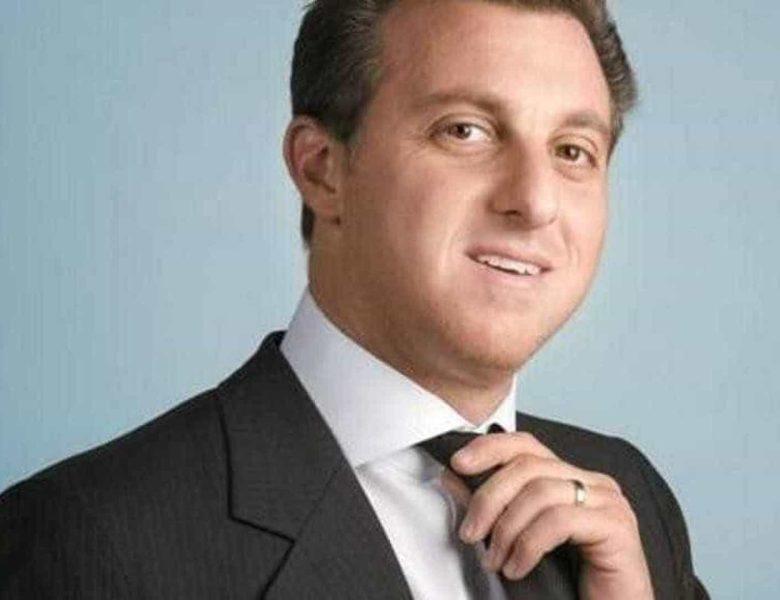 Candidato dos bilionários, Luciano Huck já fala em deixar a Globo para disputar presidência