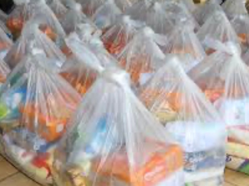 Compra de sacolões pelo governo será investigada, até o governador admitiu o superfaturamento