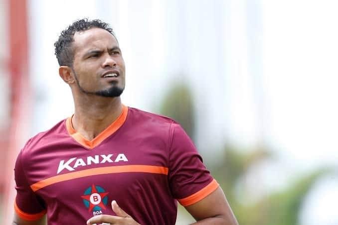 FEMINICÍDIO: Contratação de goleiro Bruno por time acreano causa revolta nos torcedores