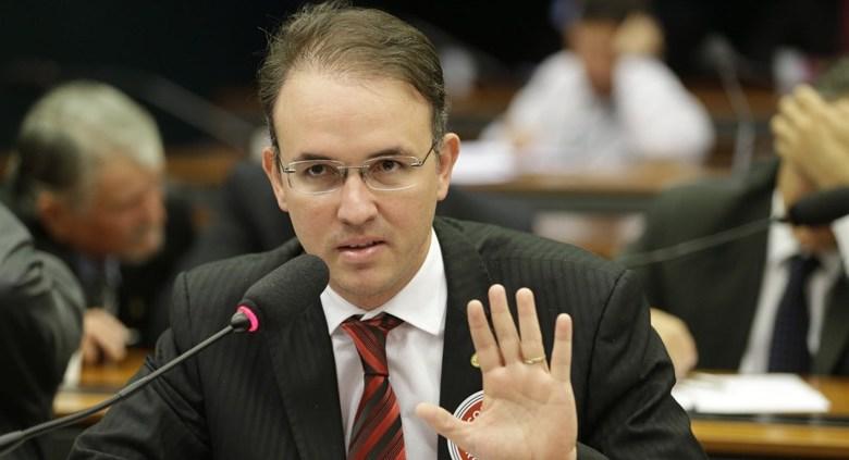 Emenda parlamentar de Léo de Brito garante doutorado em Direito realização pela Ufac, UnB e Ifac