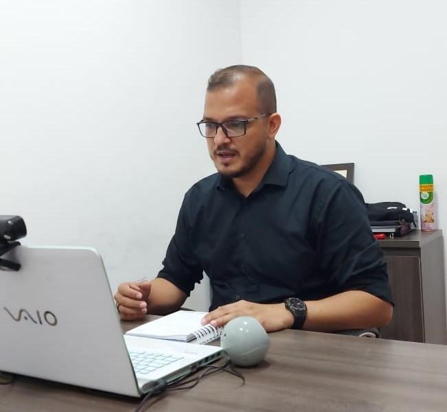 Rodrigo Forneck questiona se a prefeitura fechará comércio após a eleição