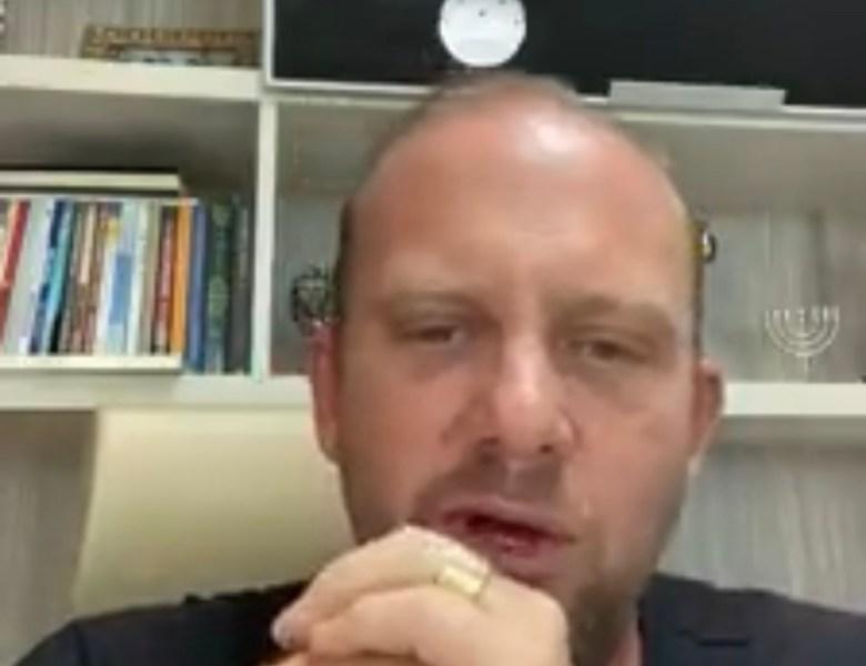 """Pastor crítica comitê contra a Covid e diz se """"brincadeira"""" quer culpar igrejas, restaurantes e academias pela nova onda"""