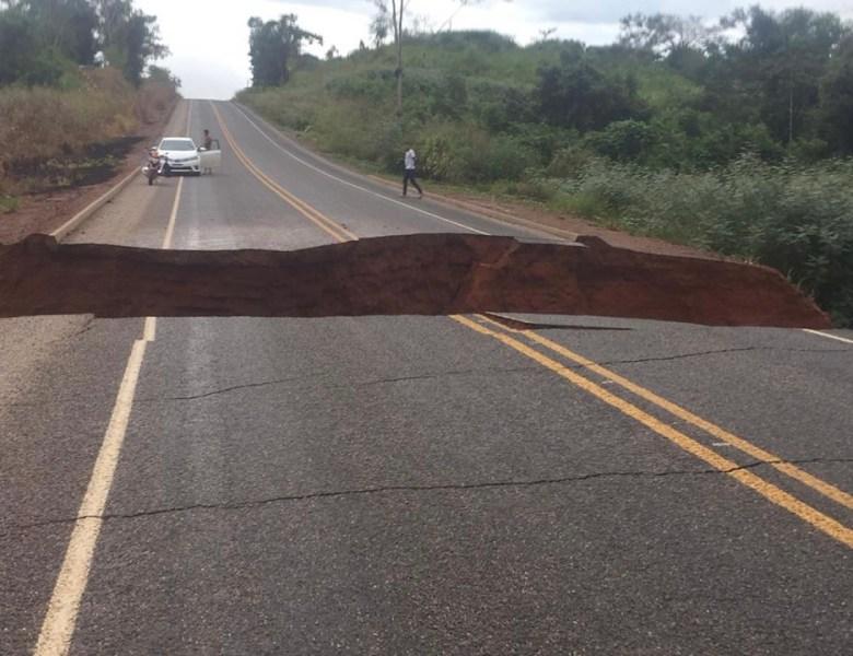 BR-317 rompe; Brasileia e Epitaciolândia ficam isolados
