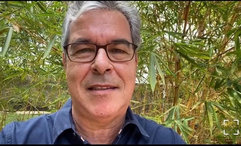 """""""A hora é de pensar mais na vida e menos em votos"""", alerta Jorge Viana"""