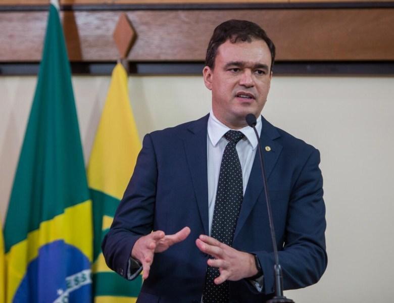 Deputados estaduais anunciam CPI da Educação em entrevista coletiva