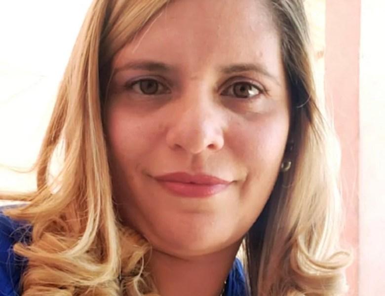 No AC, família de professora internada com Covid-19 mobiliza web e põe casa e carro à venda para levá-la a SP