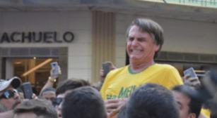 Bolsonaro é esfaqueado e cantora gospel pede orações.