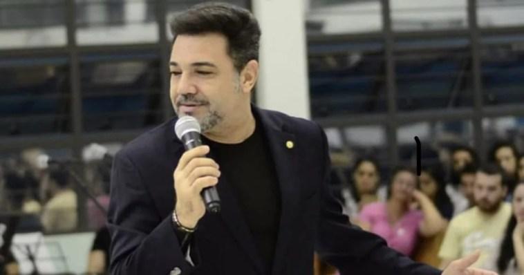 Marco Feliciano rebate acusações de Cabo Daciolo.