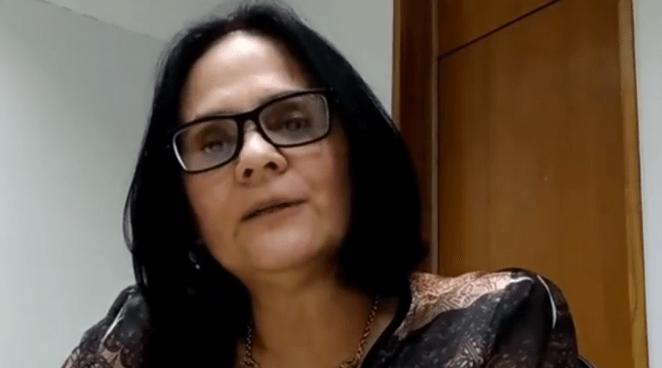 Ministra Damares Alves explica caso de Jesus na goiabeira.