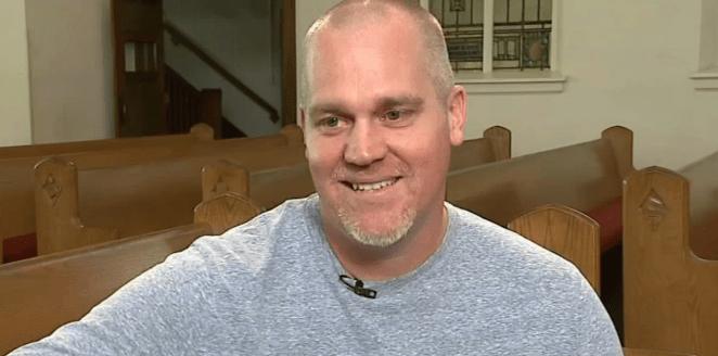 Jason Stechschulte sentiu-se na obrigação de ajudar a irmã na fé.