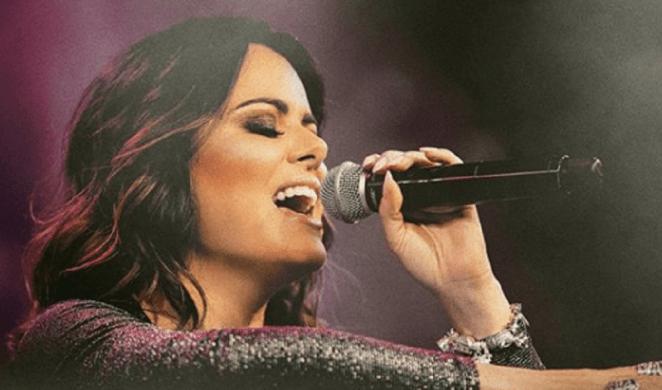 Cantora gospel Ana Paula Valadão.